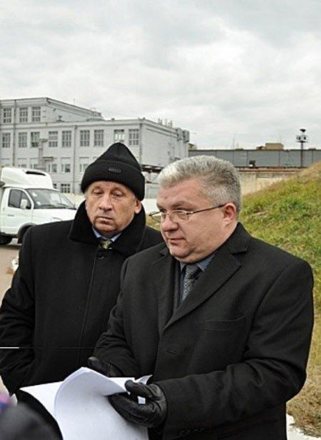 Евгений Кононенко(справа)