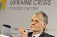 Джемілєв і Фюле домовилися провести в Європі форум щодо прав кримських татар