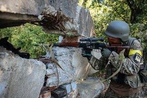 В зоне АТО за Украину воюет почти 10 тысяч человек