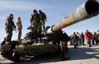 Окупанти обстріляли села на Донбасі: загинув місцевий мешканець, українського військового поранено