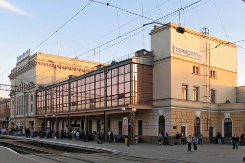 Поезда дальнего следования не будут останавливаться в Луцке и Тернополе, - УЗ