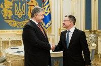 Порошенко провел переговоры с Волкером