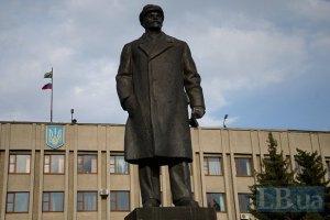 У міліції запропонували використовувати пам'ятник Леніну з Артемівська для оборони