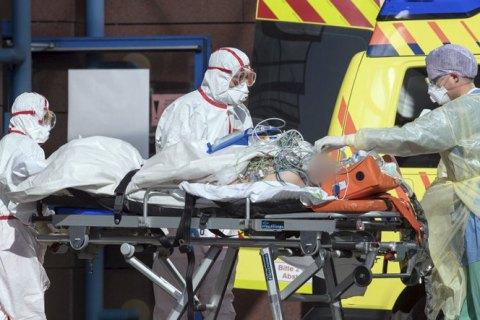В Германии зафиксировали рекордные почти 15 тысяч заражений коронавирусом