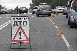 В Харькове не разминулись автозак и легковушка