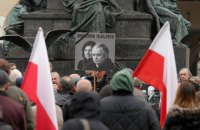Власти Польши объяснили необходимость эксгумации жертв Смоленской катастрофы