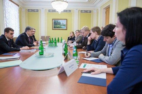 Порошенко подписал закон одекларациях антикоррупционеров