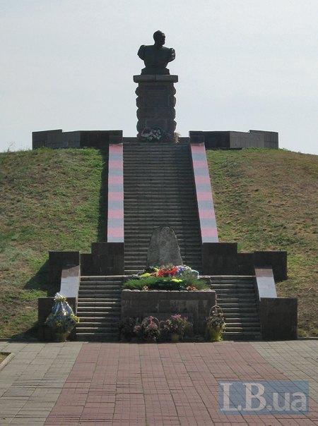 Могила кошового отамана Івана Сірка