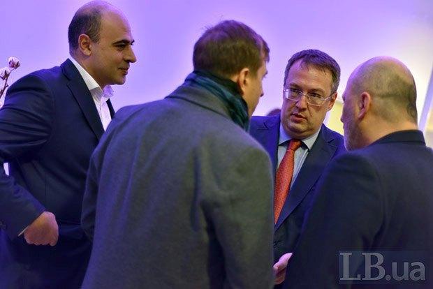 Слева направо: Тигран Авакян, Антон Геращенко и Зураб Аласания