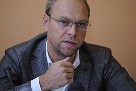 Вердикт КС по политреформе уже готов - Власенко