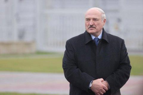 ЄС заморожує активи і забороняє в'їзд причетним до режиму Лукашенка (оновлено)
