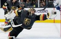 В матче НХЛ голкипер совершил невероятный сэйв в стиле Шовковского