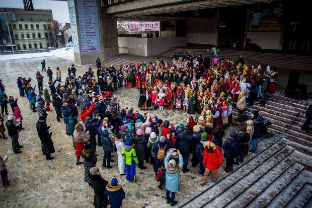 Исполнение колядки в Харькове