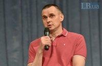 Заради звільнення політв'язнів готовий потиснути руку Путіну, - Сенцов