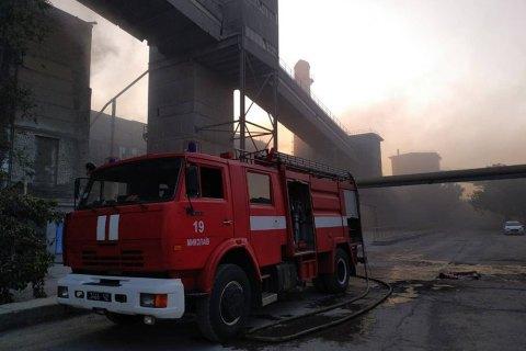 В Николаевской области горел цементный завод