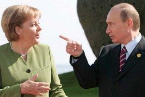 Меркель хочет поговорить с Путиным об Украине
