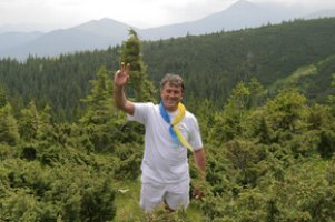 Ющенко з соратниками підкорить Говерлу