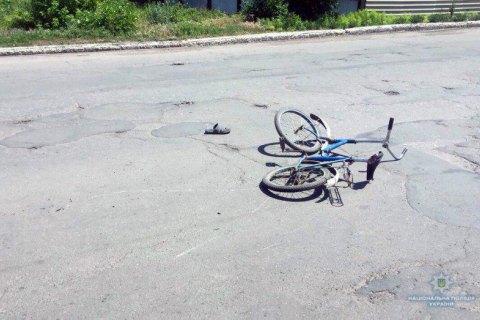 """У Мирнограді """"Мерседес"""" насмерть збив 10-річного хлопчика на велосипеді"""