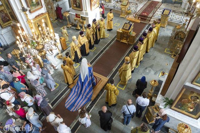 Во время молебна о даровании мира белорусскому народу в Свято-Духовом кафедральном соборе Минска, 15 августа 2020.