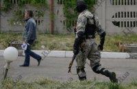 У Луганській області під час штурму підрозділу Нацгвардії терористи підірвали склад зброї