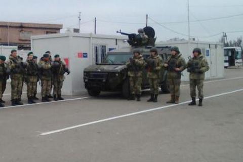 Военные усилили меры безопасности у Верхнеторецкого (обновлено)