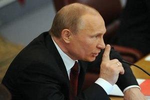 Путин: все министры останутся в креслах до прихода нового премьера