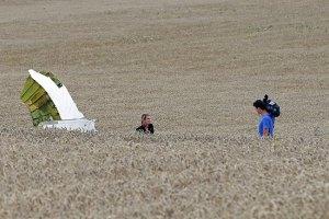 Порошенко предложил Раде впустить 250 австралийских военных в Украину