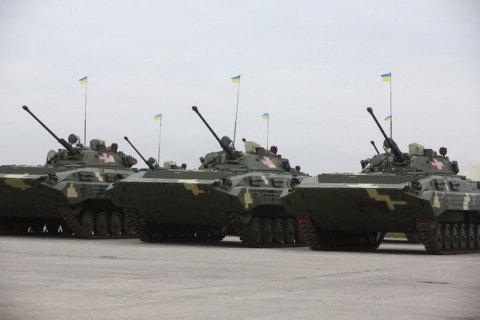 ВМукачево столкнулись две боевые машины, 4 военнослужащих госпитализированы