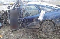 На Николаевщине в результате лобового столкновения грузовика и легкового автомобиля погибли три человека