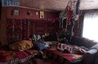 Почти половине переселенцев в Украине денег хватает только на еду