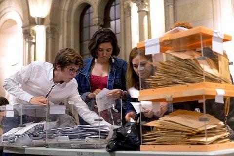 Зростання поляризації і політичний тупик: результати парламентських виборів в Іспанії