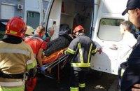 В Киеве на Печерске на женщину упало дерево