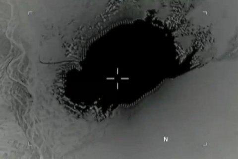 """Афганистан сообщил о гибели 90 боевиков ИГИЛ от взрыва """"матери всех бомб"""""""