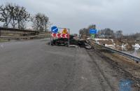 На Волыни во время ремонта обвалился мост, пострадали пять человек