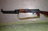 У Києві озброєний чоловік тримав сина в заручниках