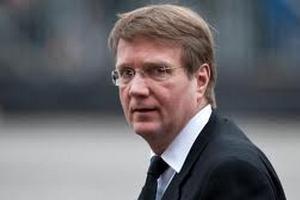 Главу администрации Меркель обвинили в давлении на СМИ