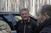 """Тренер """"Дніпра"""" відвідав табір """"Азова"""" у Харкові"""