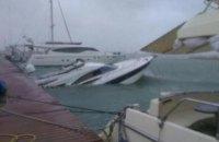 В Одессе из-за шторма затонуло два судна