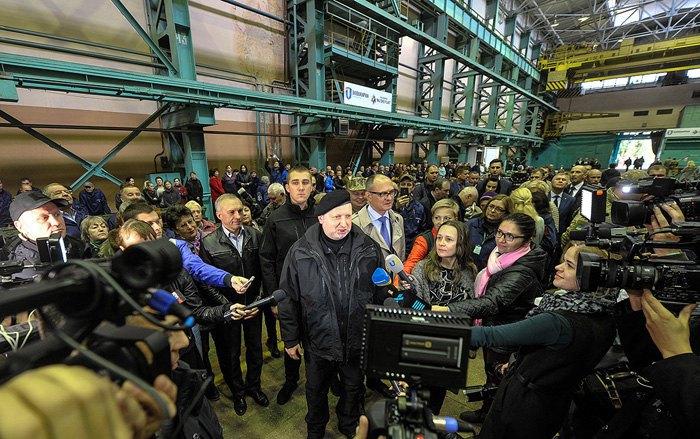 Турчинов: русская армия готовится кнападению на Украинское государство повсей границе