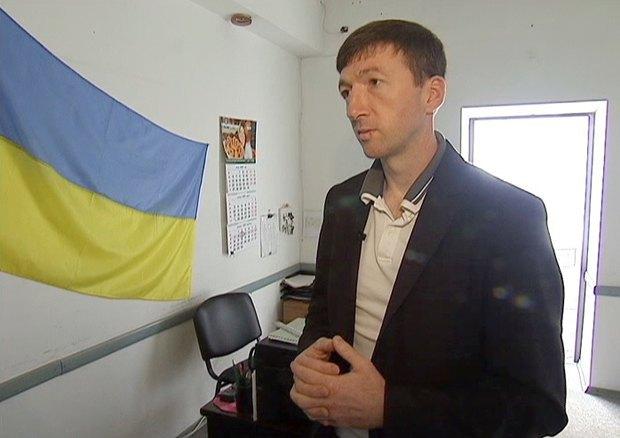 Владимир Веселкин в своем кабинете