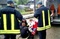 У Закарпатській області 19-річний хлопець отримав травми, випавши з поїзда
