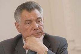 Омельченко поддерживает родственников сбитого им мужчины материально