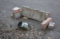 Боевики ЛНР из артиллерии обстреляли жилые дома в селе возле Станицы Луганской