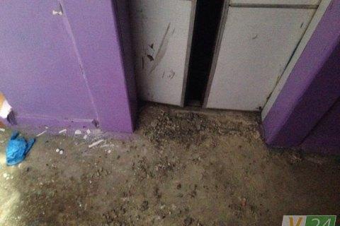 У Луцьку жінка загинула, опинившись затиснутою між шахтою і кабіною ліфта