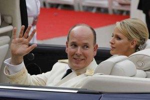 Князь Монако прожил медовый месяц отдельно от жены