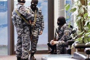 У будинках кримських татар продовжують проводити обшуки