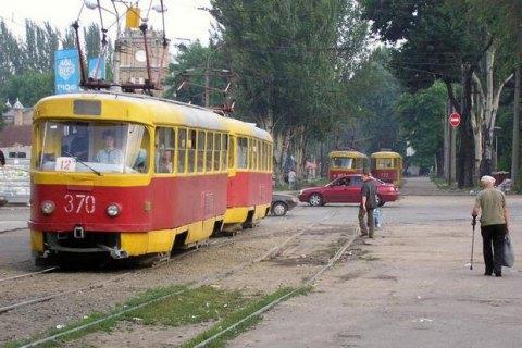 ЗМІ: УЗапоріжжі один пасажир трамвая ненавмисно заколов іншого вилами