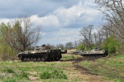 Десантники провели тактические учения с боевой стрельбой в зоне ООС