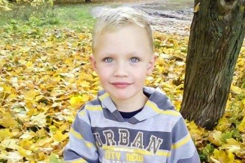 Дело об убийстве полицейским 5-летнего Кирилла Тлявова под Киевом передали в суд