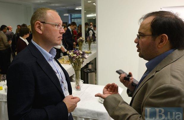 Главный редактор LB.ua Олег Базар (справа)